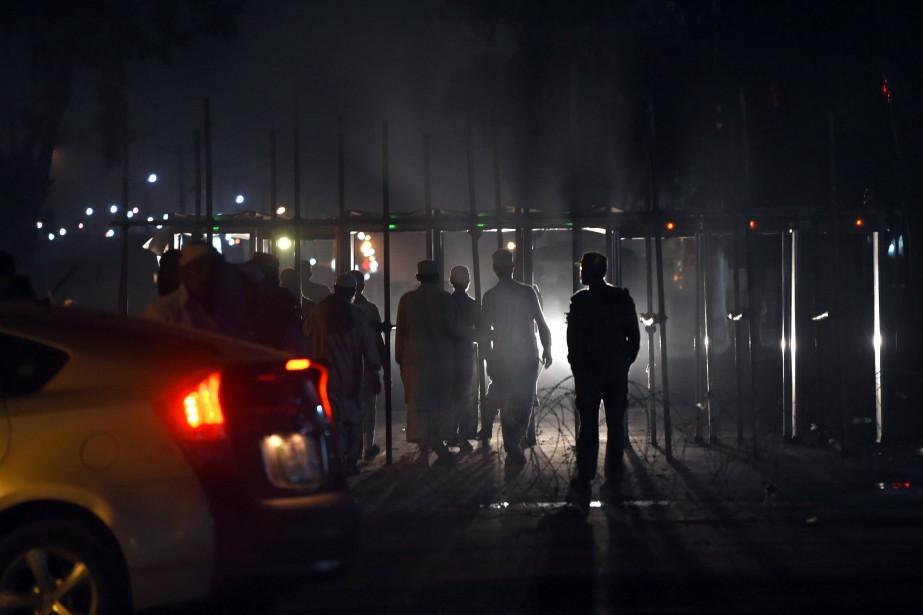 La cible était un poste de contrôle de... (PHOTO AFP)