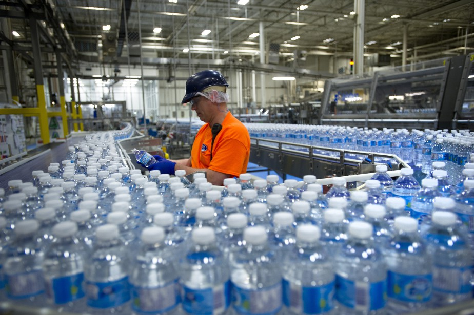 Du plastique a été trouvé dans 93% de... (ARCHIVES BLOOMBERG)