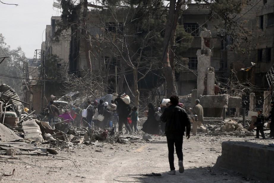 Les frappes aériennes du régime et de son... (Photo Abdulmonam Eassa, Agence France-Presse)