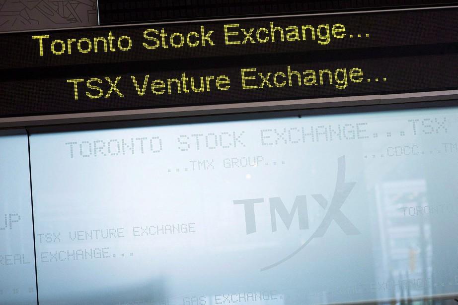 L'indice composé S&P/TSX prenait 100,83 points à 15... (PHOTO AARON VINCENT ELKAIM, ARCHIVES LA PRESSE CANADIENNE)