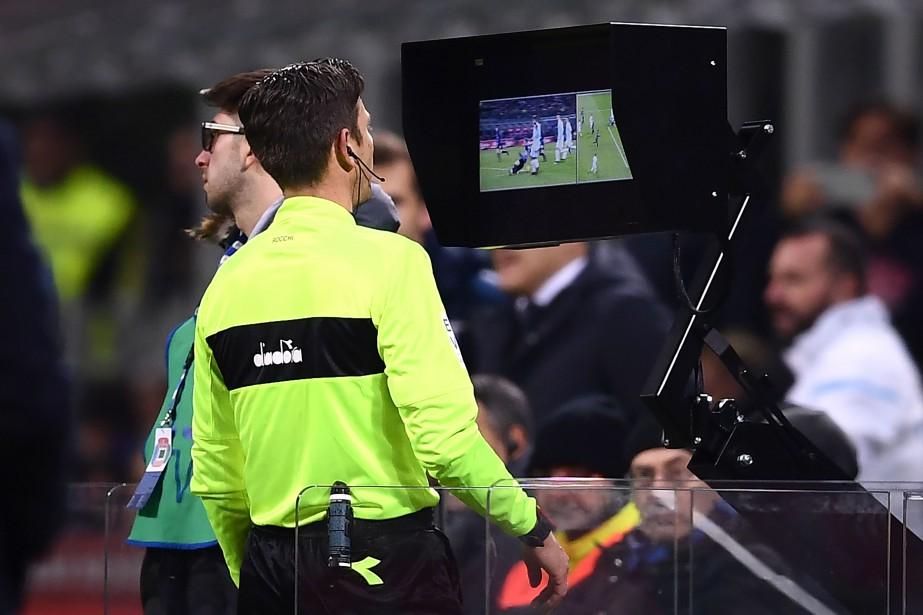 Le Conseil de la FIFA a voté en... (Photo MARCO BERTORELLO, AFP)
