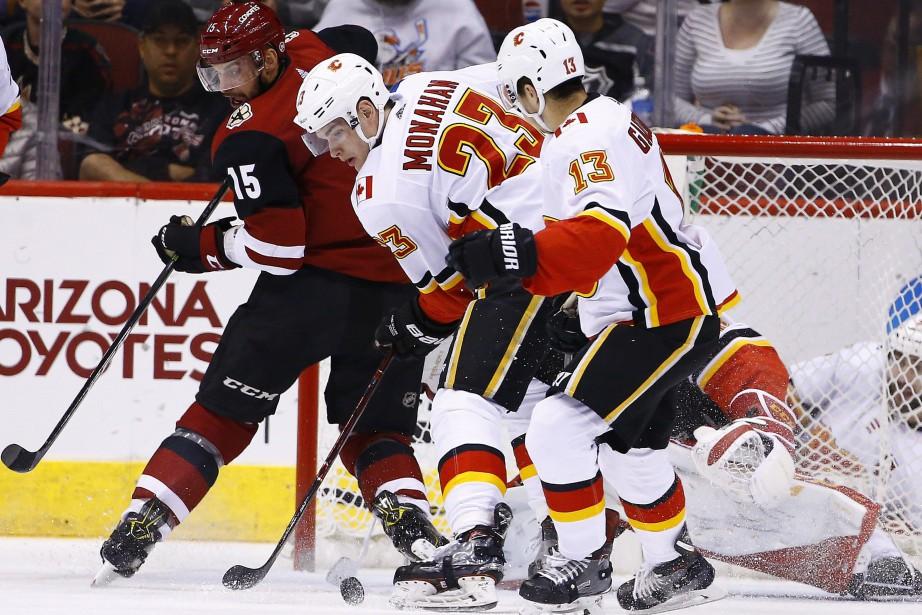 Le directeur général des Flames, Brad Treliving, ne compte pas... (PHOTO AP)