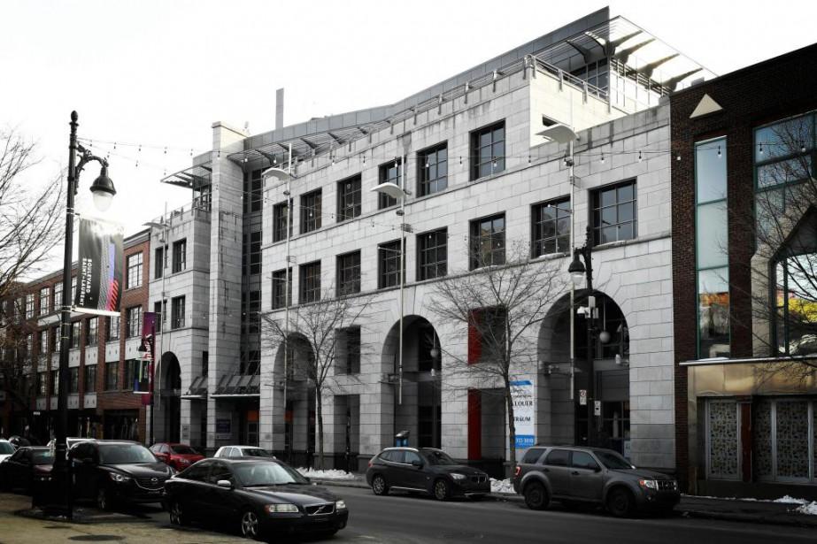 L'immeuble Ex-Centris vient d'être vendu au Collège Salette.... (Photo Bernard Brault, La Presse)