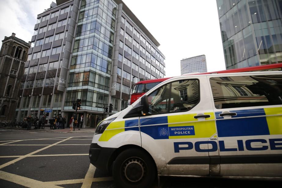 Selon le journalEvening Standard, l'édifice a été évacué.... (Photo Tolga Akmen, Agence France-Presse)