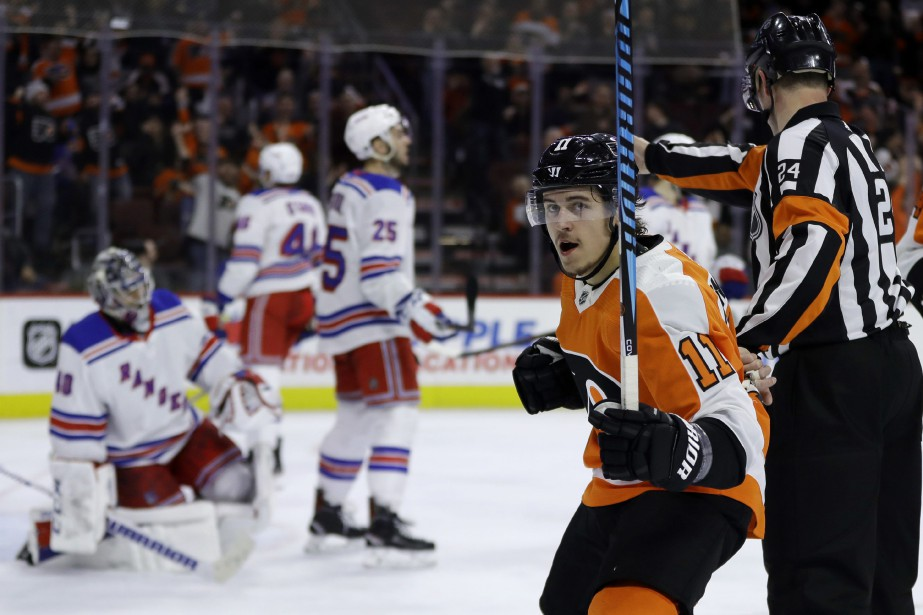 Travis Konecny (11)... (Photo Matt Slocum, AP)