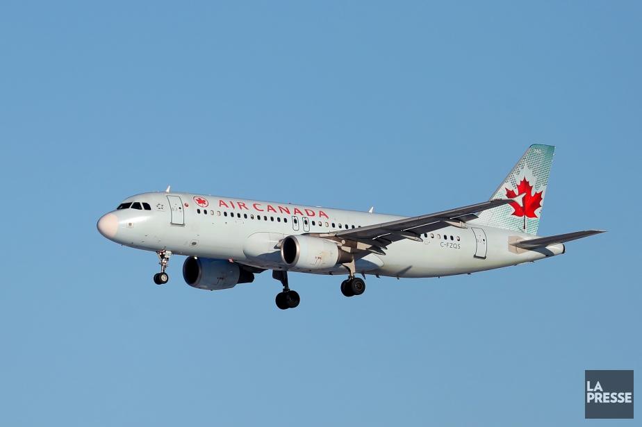 Un vol d'Air Canada faisant la liaison entre Toronto et... (ARCHIVES LA PRESSE)