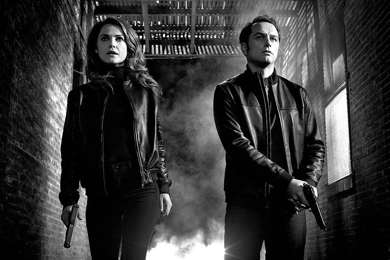 Elizabeth et Philip Jennings, les deux héros de... (Photo tirée du site de la chaîne FX)