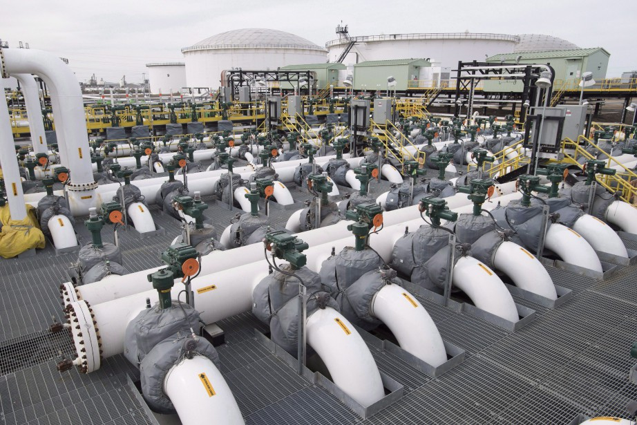 Le gouvernement fédéral a approuvé l'expansion de l'oléoduc... (Photo La Presse canadienne)