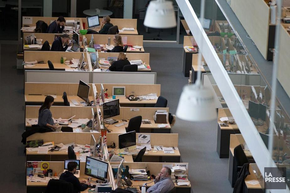 Des journalistes dans la salle de nouvelles de... (Ivanoh Demers, La Presse)