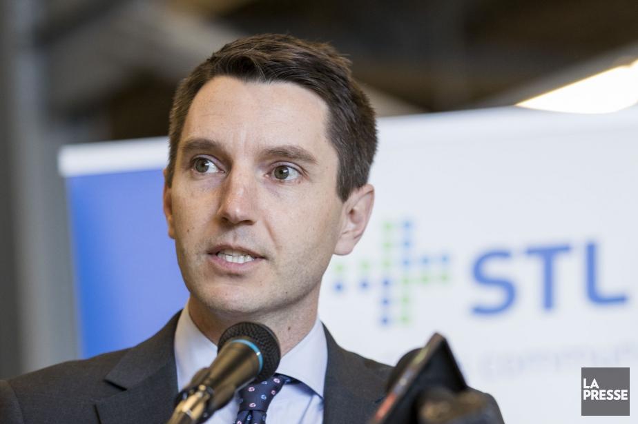 Le ministre québécois des Transports, André Fortin... (PHOTO MARCO CAMPANOZZI, ARCHIVES LA PRESSE)