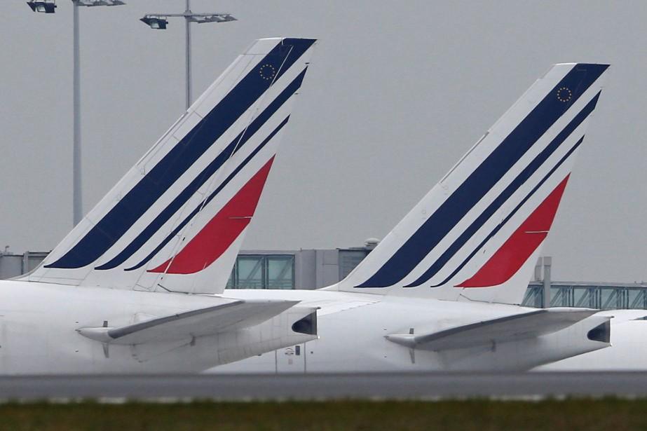À Nice Côte-d'Azur, la moitié des vols Air... (PHOTO ARCHIVES REUTERS)