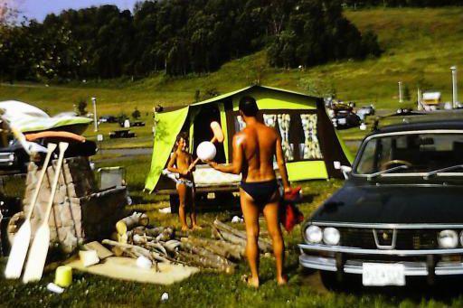La voiture qui a marqué son enfance -  La Renault 12 verte 1973 familiale, qui a pris en feu sur la route des vacances à Virginia Beach, quand il avait 4 ans. | 2 avril 2018