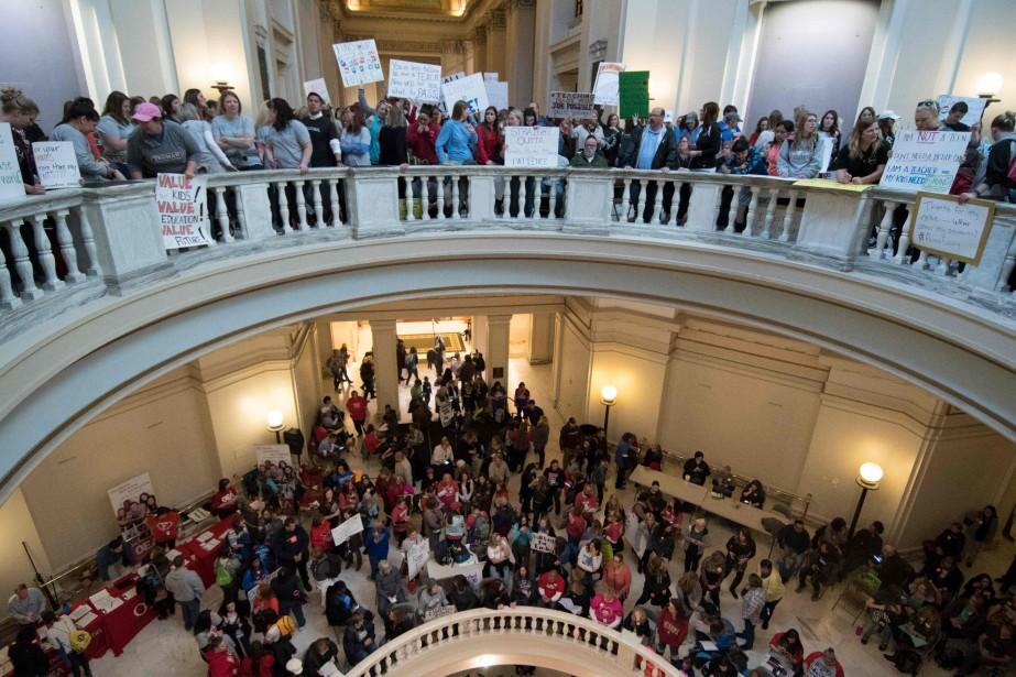 Les manifestants ont investi mercredi le capitole de... (PHOTO J Pat Carter, AFP)