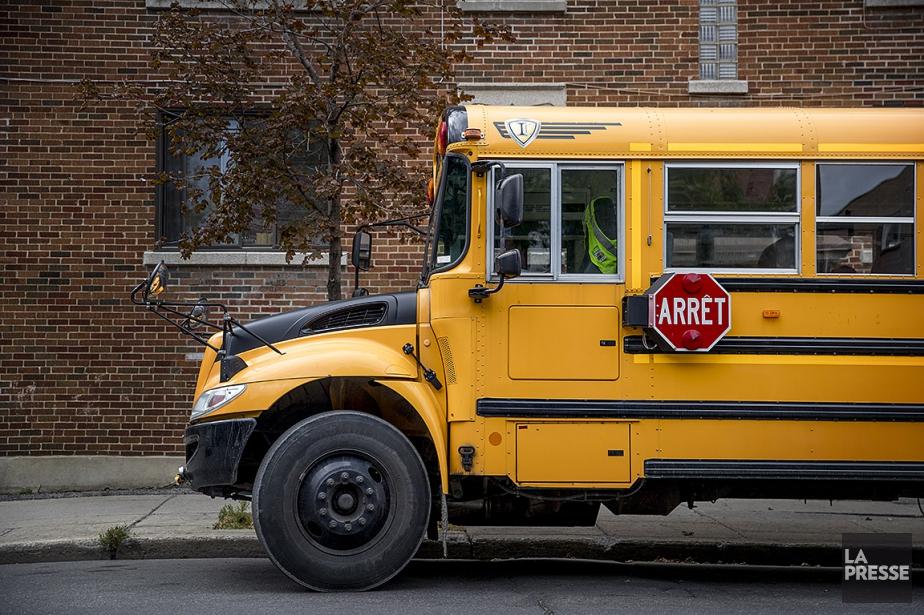 Sur cette photo figure un autobus scolaire.... (MARCO CAMPANOZZI, ARCHIVES LA PRESSE)