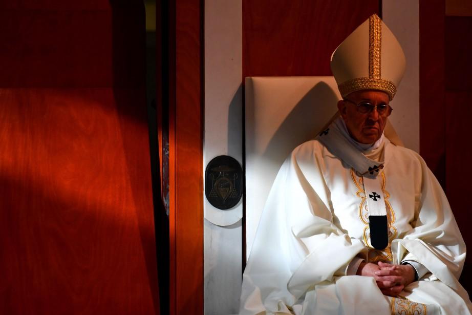 À la fin du mois dernier, l'évêque québécois... (PHOTO AFP)