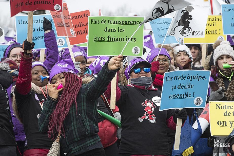 Le 17 mai dernier, les travailleuses des centres... (PHOTO PATRICK SANFAÇON, archives LA PRESSE)