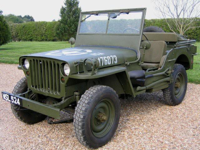L'auto qui a marqué son enfance -  La Jeep Willys de son frère aîné. | 18 avril 2018