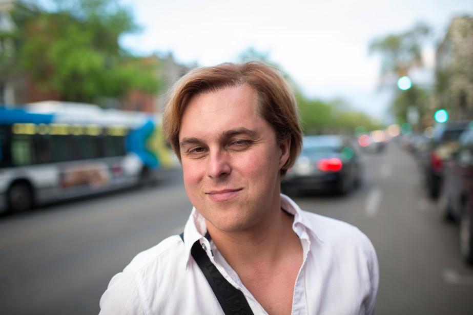 L'humoriste, auteur, animateur, chroniqueur, acteur et professeur Alex Perron....   2018-04-23 00:00:00.000