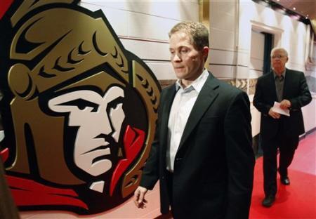Don Brennan du quotidien Ottawa Sun vante le travail du nouvel entraîneur Cory...