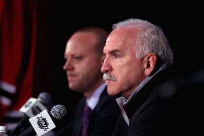 Le président des Blackhawks, John McDonough, est finalement sorti de l'ombre...