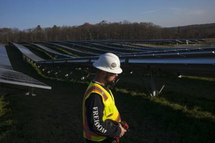 L'industrie solaire est responsable de la création de...