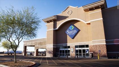 11 000 : nombre d'employés de Walmart qui ont été mis à pied sans préavis à la...
