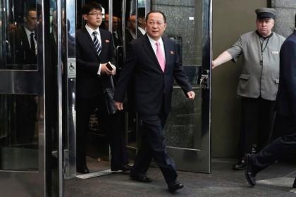 Le chef de la diplomatie nord-coréenne, Ri Yong...