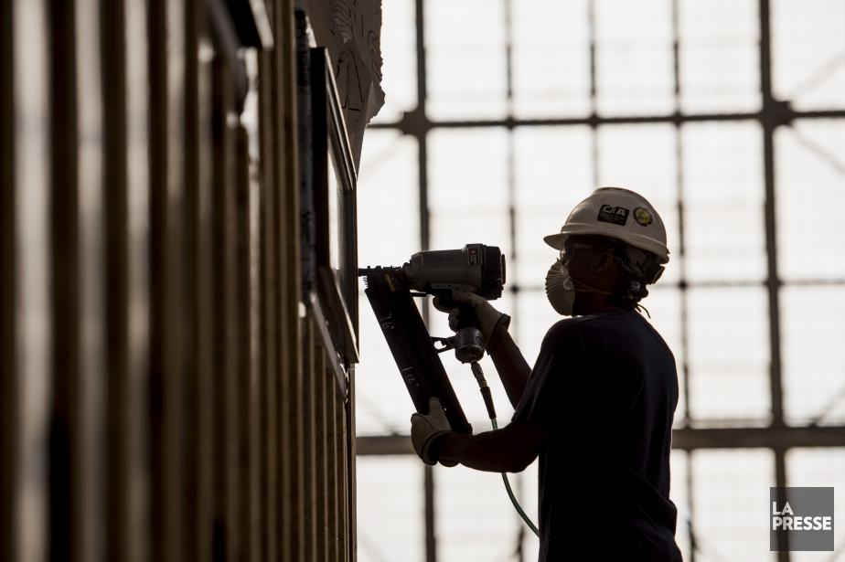 L'activité dans le secteur manufacturier a augmenté de... (Photo d'archives)