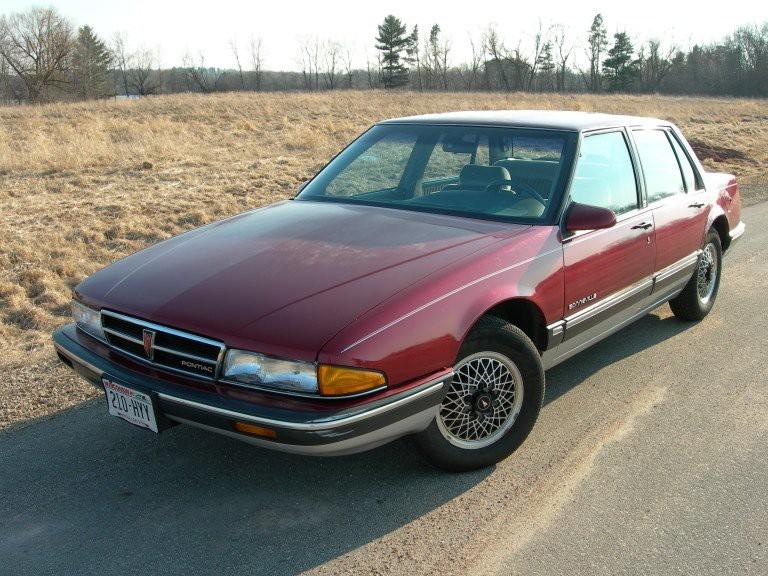 La voiture qui a marqué son enfance - La Pontiac Bonneville 1987 de son père. | 1 mai 2018