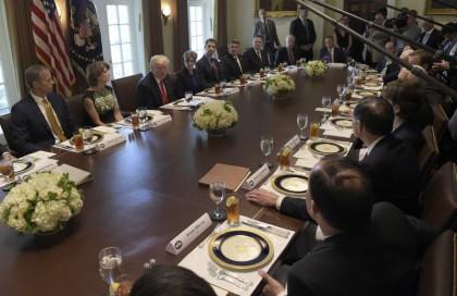 Donald Trump a rencontré des sénateurs républicains mardi...