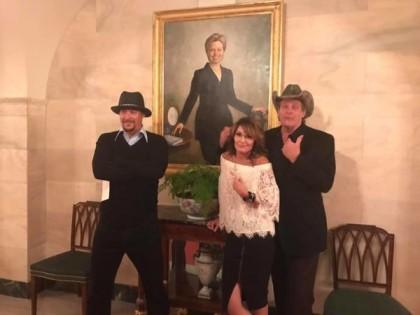 Invitée à la Maison-Blanche par Donald Trump, Sarah Palin a décidé mercredi de...