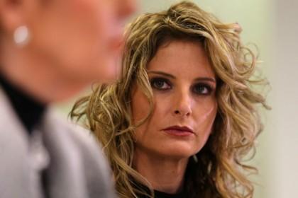 Summer Zervos et son avocate, Gloria Allred, ont...