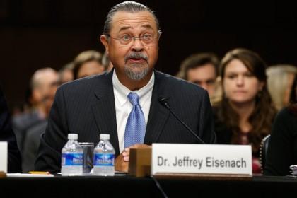 Jeffrey Eisenach, lobbyiste dans le domaine des télécommunications,...