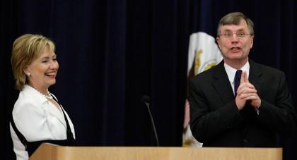 Hillary Clinton et Patrick Kennedy, secrétaire adjoint au...