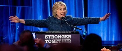 Hillary Clinton lors de l'activité de collecte de...