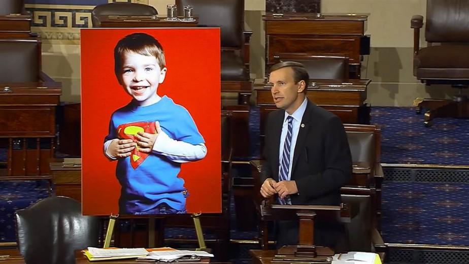 Le sénateur Chris Murphy a fini son marathon...