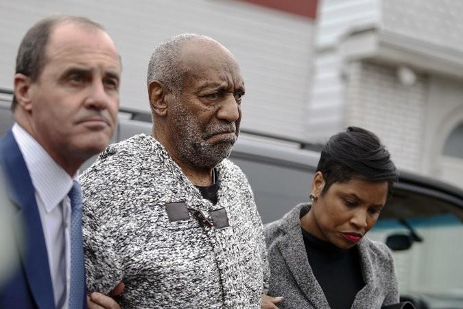 Le célèbre comédien Bill Cosby, 78 ans, s'est présenté cet après-midi dans un...