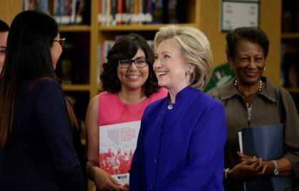 Hillary Clinton a participé à une table ronde...