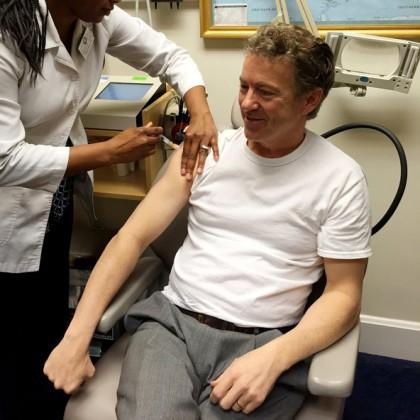 Rand Paul a reçu aujourd\'hui un vaccin de...