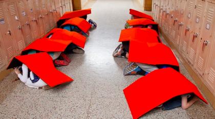 Une compagnie d'Oklahoma propose des couvertures pare-balles à 1000$ l'unité...