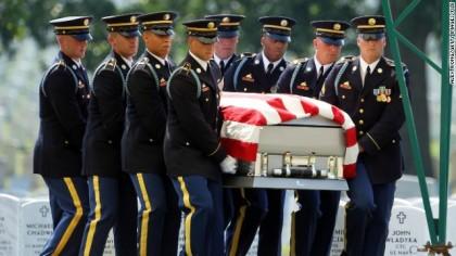 L'ancien chef du Pentagone Leon Panetta a qualifié...
