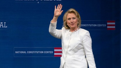 Hillary Clinton a donné son accord tacite à...