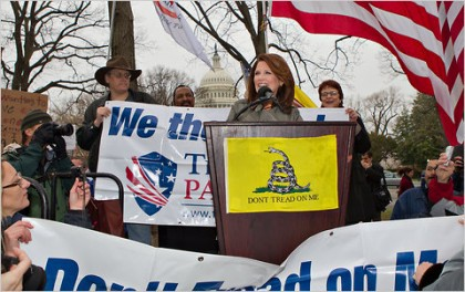 Michele Bachmann s'adressant cette semaine à des partisans...
