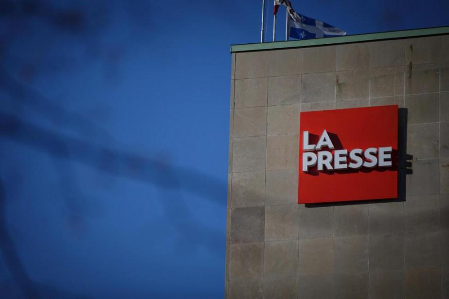 Depuis 2005, les revenus publicitaires des journaux au... (Photo Olivier Jean, La Presse)