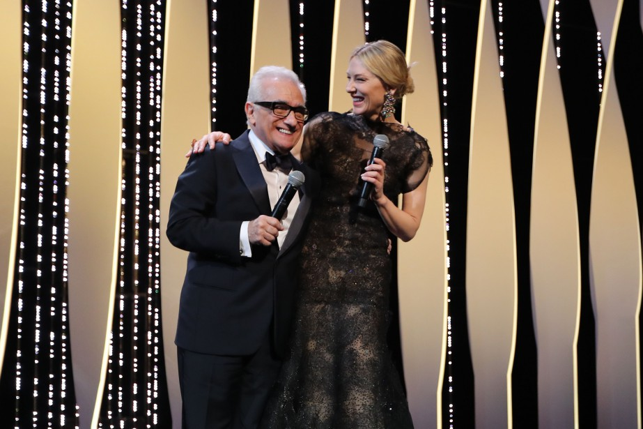 TOPSHOT - US director Martin Scorsese (L) and Australian actress and President of the Jury Cate Blanchett laugh on stage on May 8, 2018 during the opening ceremony of the 71st edition of the Cannes Film Festival in Cannes, southern France. / AFP PHOTO / Valery HACHE | 9 mai 2018