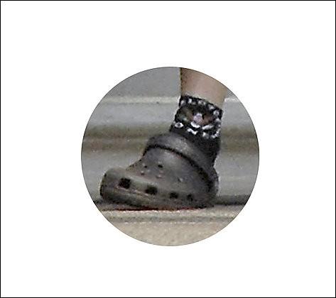 Une devinette pour commencer la journée en douce. À qui appartient ce pied? Un...