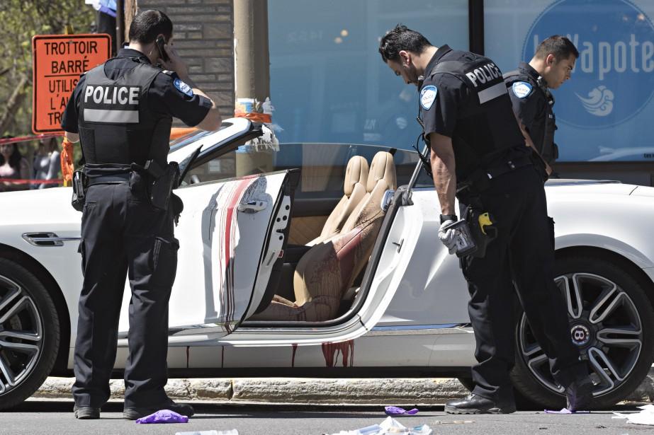 La victime a été transportée à l'hôpital et on craint pour sa vie. (Photo Patrick Sanfaçon, La Presse)