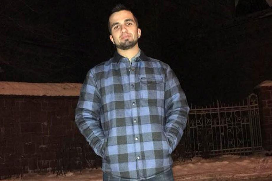 Un jeune Montréalais accusé du meurtre prémédité de son père | La Presse