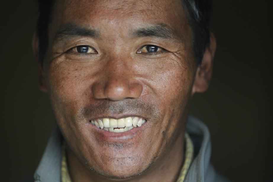 Un sherpa atteint le sommet de l'Everest pour la 22e fois | Asie & Océanie