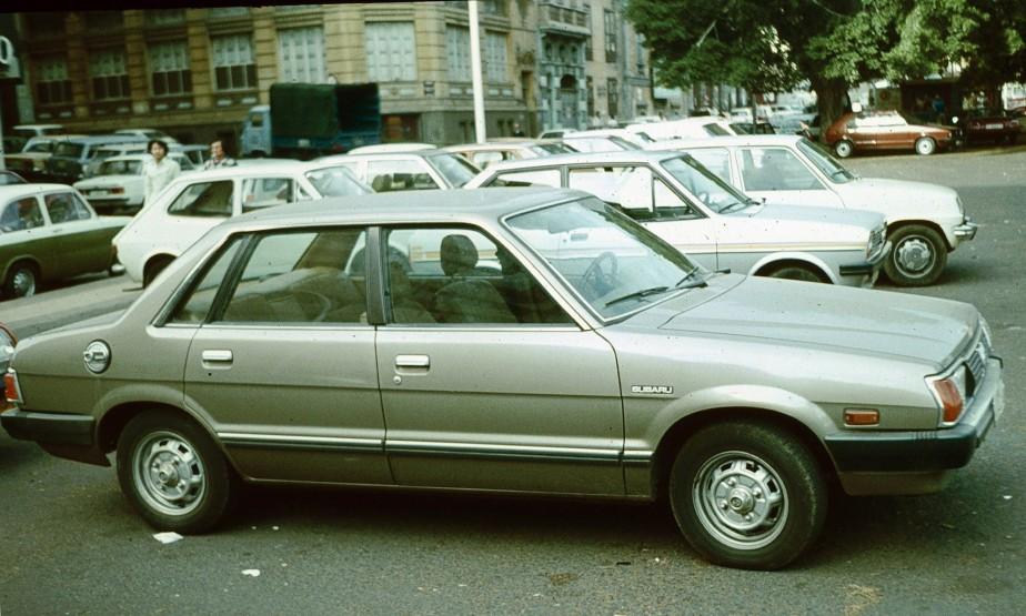 Sa pire voiture - La Subaru Leone 1980 achetée, avec sa future épouse, à l'époque où il finissait son barreau.   22 mai 2018